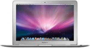 Steve Jobs przedstawił supercienki MacBook Air