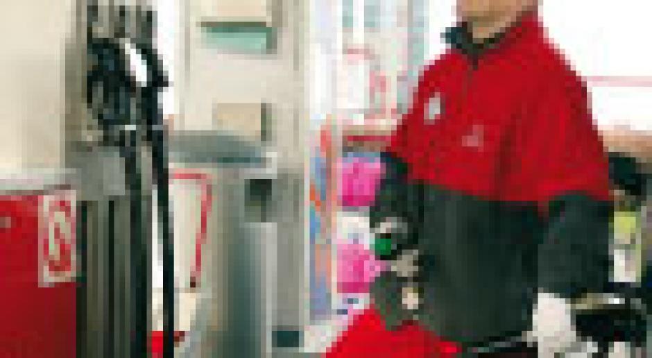 Rywalizacja o stacje paliw w cieniu Orlenu