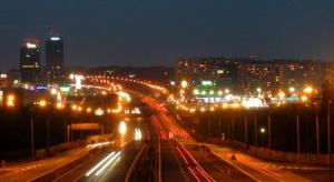 Stacje przy autostradach znowu z opóźnieniem