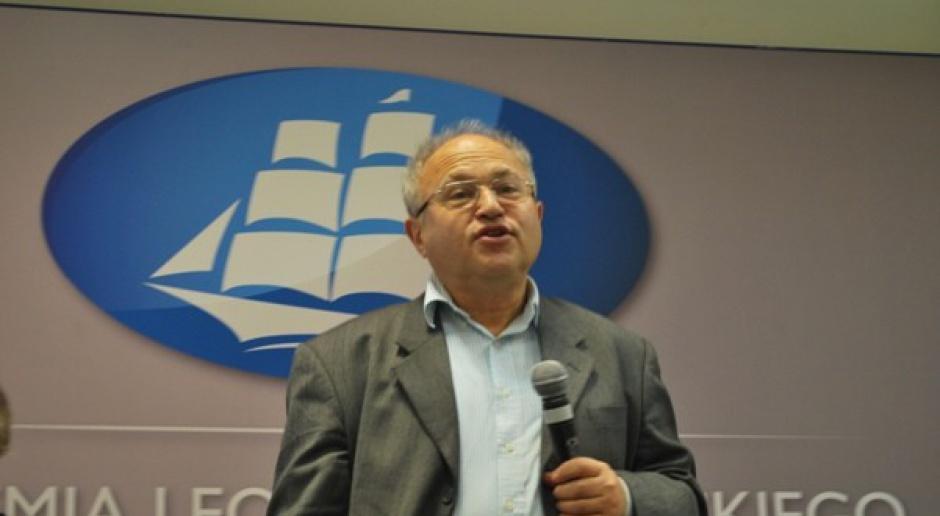 Prof. Friedman: rząd jest jednym z graczy