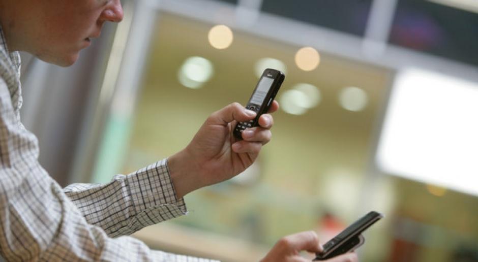 UE planuje wprowadzić cła na telefony komórkowe