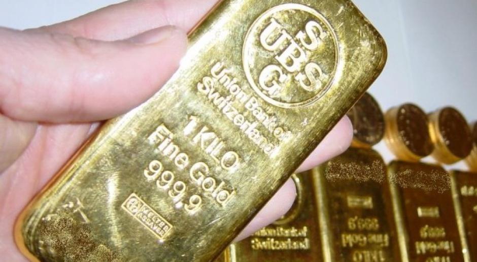 Inwestorzy ruszyli po złoto