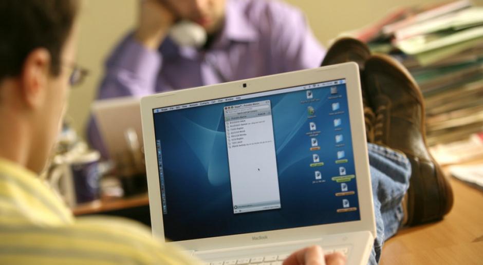 Słabnie tempo wzrostu szybkiego internetu