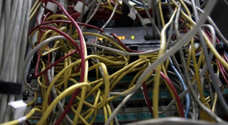 MON pracował na starych komputerach, nowy sprzęt latami zalegał w magazynach