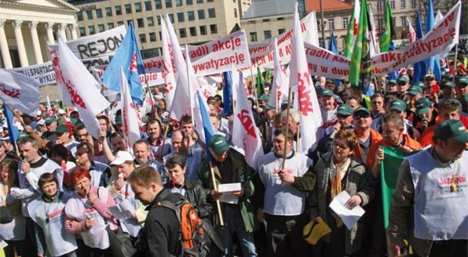 Związki zawodowe a pracodawcy: trudna sztuka kompromisu