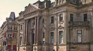 Brytyjski rząd podzieli i odsprzeda banki