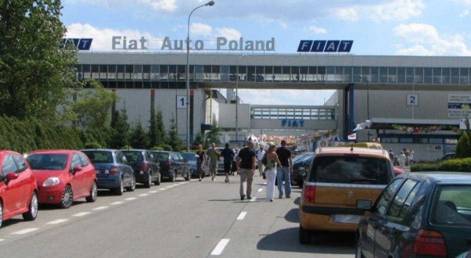 """Manifestacja """"S"""" ws. podwyżek płac przed tyską fabryką Fiata"""