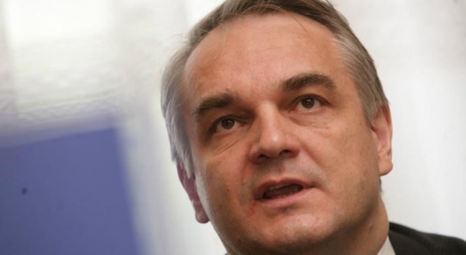 Wicepremier W. Pawlak o pomocy dla dotkniętych powodzią przedsiębiorców