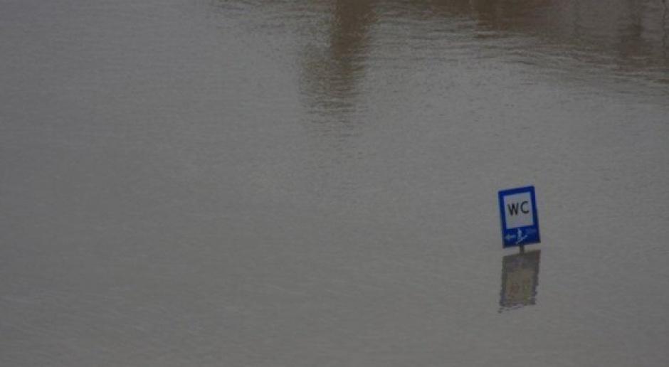Powódź nie zatopi budżetu i polskiej gospodarki