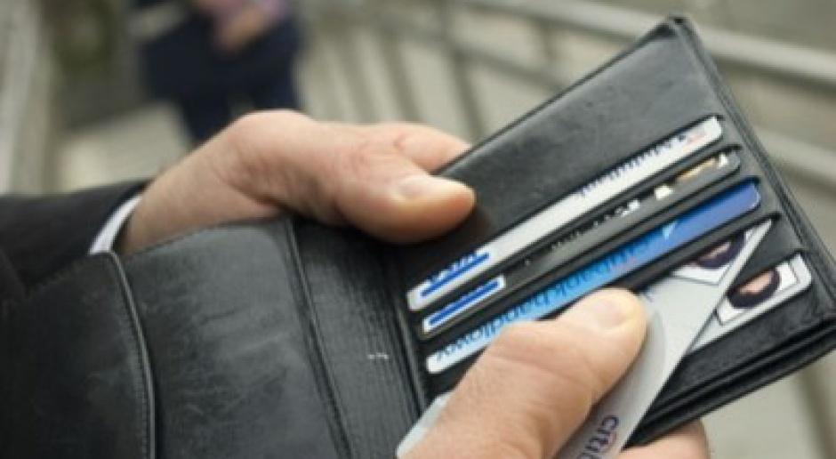 PKO BP wymieni 6 mln kart płatniczych