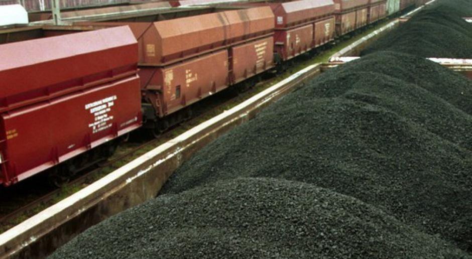 Węgiel w kleszczach