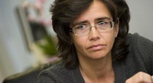 Streżyńska chce porozumienia z operatorami komórkowymi