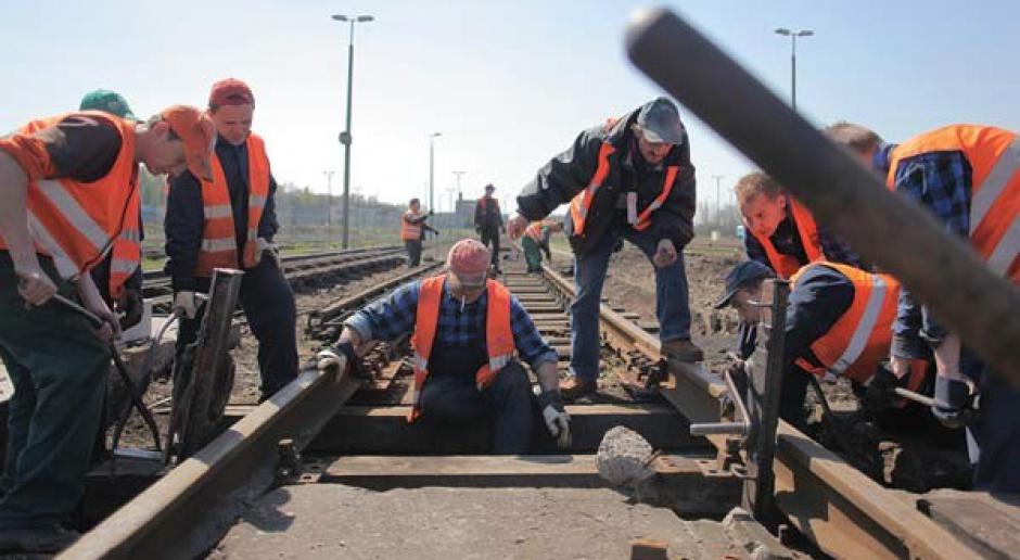 Lokomotywa się rozpędza, inwestycje kolejowe nabierają tempa