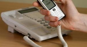 Telefon ma 94,4% klientów indywidualnych, komórki wypierają stacjonarne