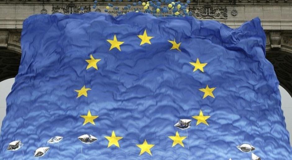 Większy budżet UE na 2012 rok, ale i cięcia wydatków