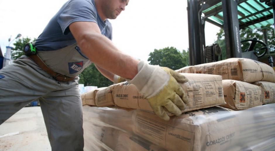 Produkcja cementu wzrosła o 2% w październiku