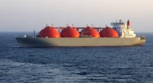 Pierwszy statek w gazoporcie o pół roku szybciej