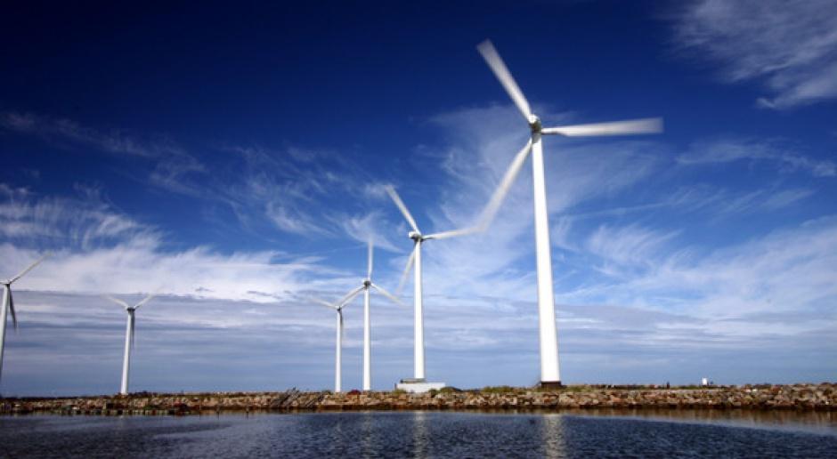 Kto zbuduje wiatraki na morzu?