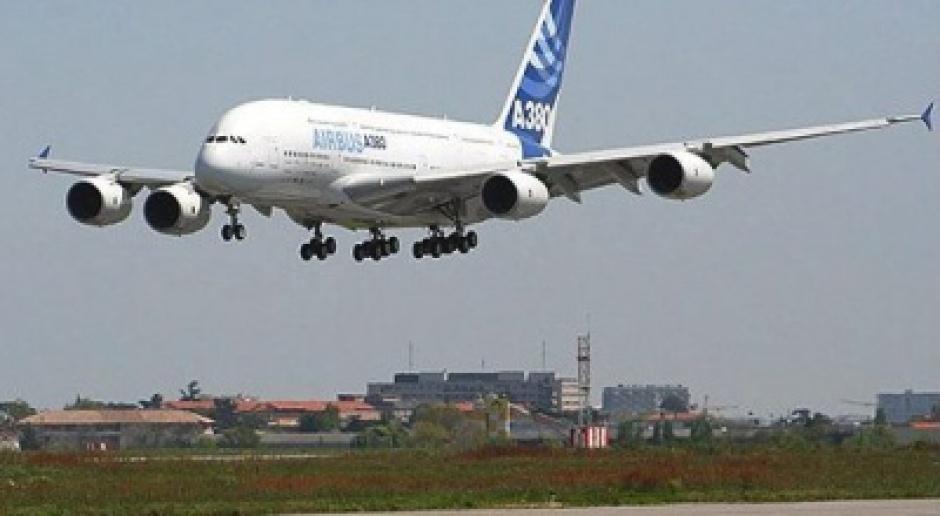 EASA nakazuje przeglądy airbusów po wykryciu pęknięć w skrzydłach