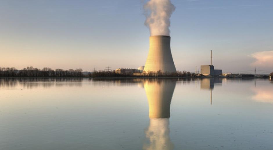 Elektrownie atomowe, jeśli już, to powinny być mniejsze