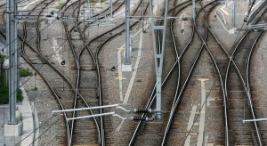 Nadal maleją przewozy towarów koleją