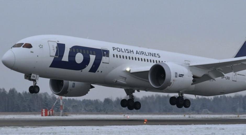 Dreamlinery sprawne, ale do przeglądu; LOT liczy straty