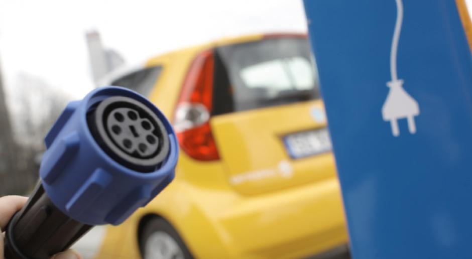 Czysta energia dla transportu - jaka sieć, jakie koszty?