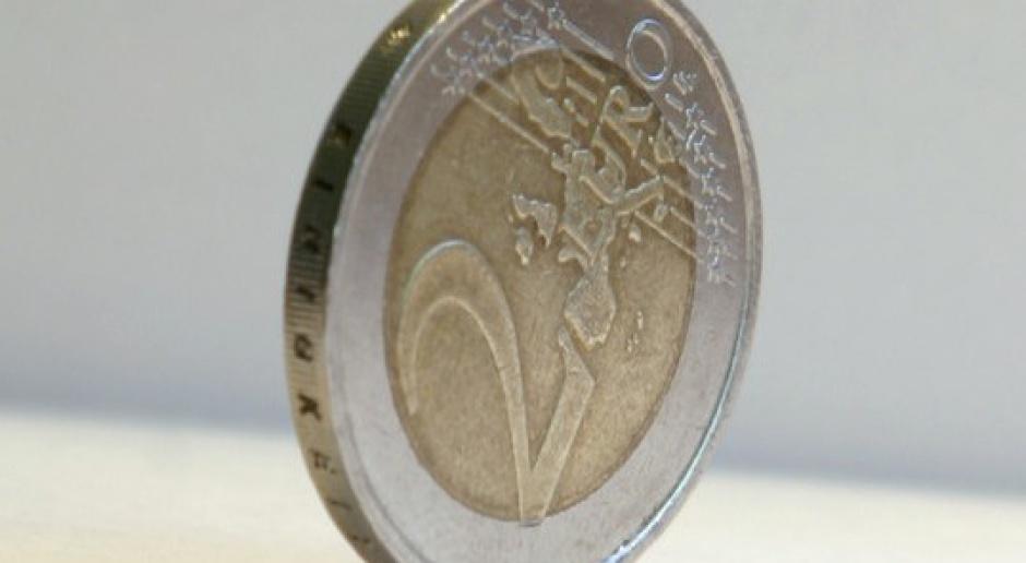 PE przyjął przepisy ws. wzmacniania nadzoru budżetowego w strefie euro