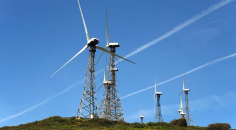 Tusk: cel dla OZE chcemy osiągnąć jak najtańszym kosztem dla odbiorcy