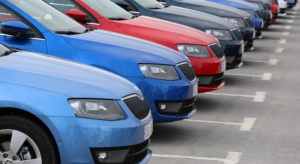 Sprzedaż nowych aut osobowych ciągle w dołku