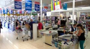 Koniec ery hipermarketów? Tesco nie zgadza się z tą tezą