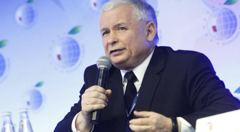 """Kaczyński proponuje nowe podatki i mówi o """"ciemnych sieciach"""" w biznesie"""
