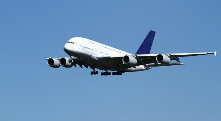 Wstępne porozumienie ws. zmniejszenia emisji CO2 przez samoloty