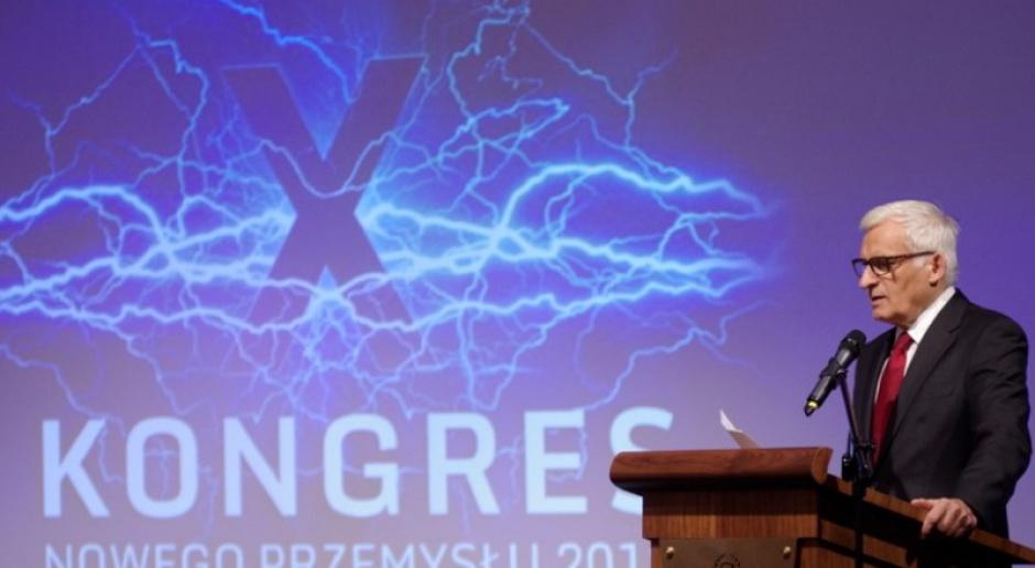 J. Buzek: ochrona klimatu tak, ale energia z węgla i łupków również