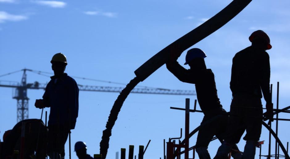 Powolne odrodzenie rynku pracy