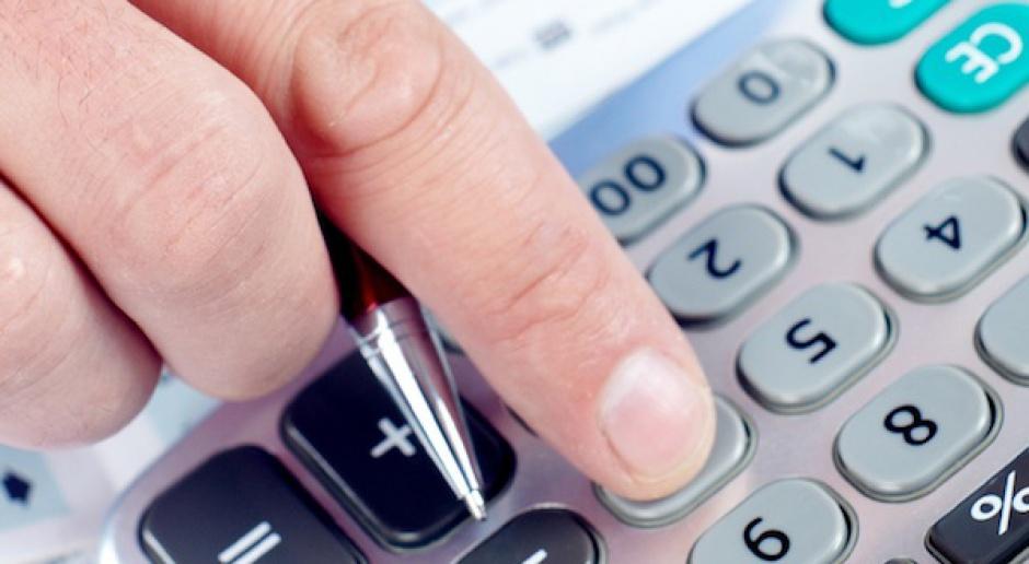 Wyższy VAT aż do końca 2016 - opinia komisji finansów