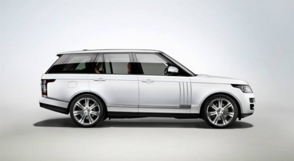 Land Rover przedłuża Range Rovera