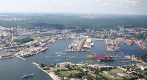 Gdyński port kupił nabrzeże od Stoczni Marynarki Wojennej