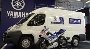 Dostawczy Fiat dla sportowej Yamahy