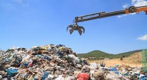 Bomby ekologiczne rosną na składowiskach śmieci