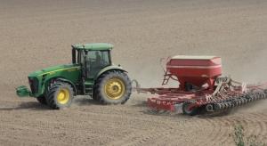 Ciągniki i przyczepy rolnicze: kwartał na minusie