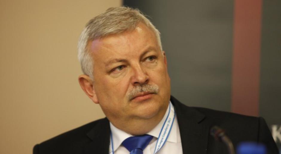 Robert Agh, Ferona: limity dzienne byłyby wpuszczeniem oszustów tylnymi drzwiami