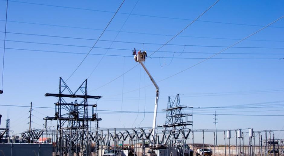 Operatorzy nie zwalniają tempa inwestycji w sieci elektroenergetyczne