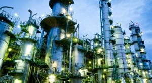Tanie surowce, klucz do zyskownej branży chemicznej