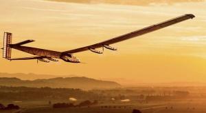 Wystartował samolot zasilany wyłącznie energią słoneczną