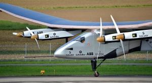 Samolot z napędem słonecznym kontynuuje lot dookoła świata