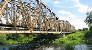 Remont mostu usprawni ruch pociągów z Łodzi do Krakowa