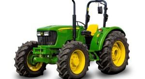 Przyczepy rolnicze w górę, ciągniki - w dół