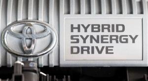 Toyota sprzedała na świecie ponad 8 mln samochodów hybrydowych
