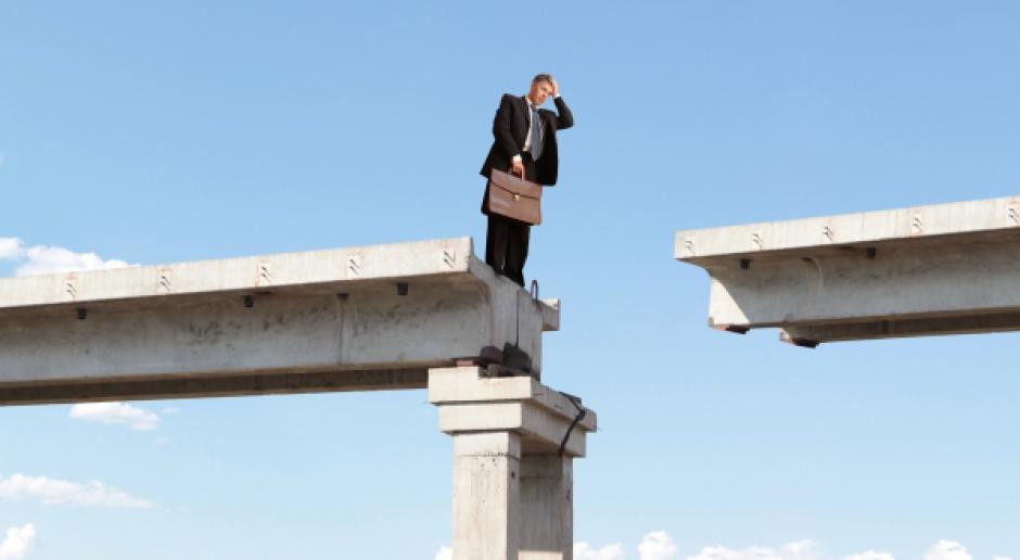 Samorządy uciekają się do fikcyjnej sprzedaży, by sfinansować dług